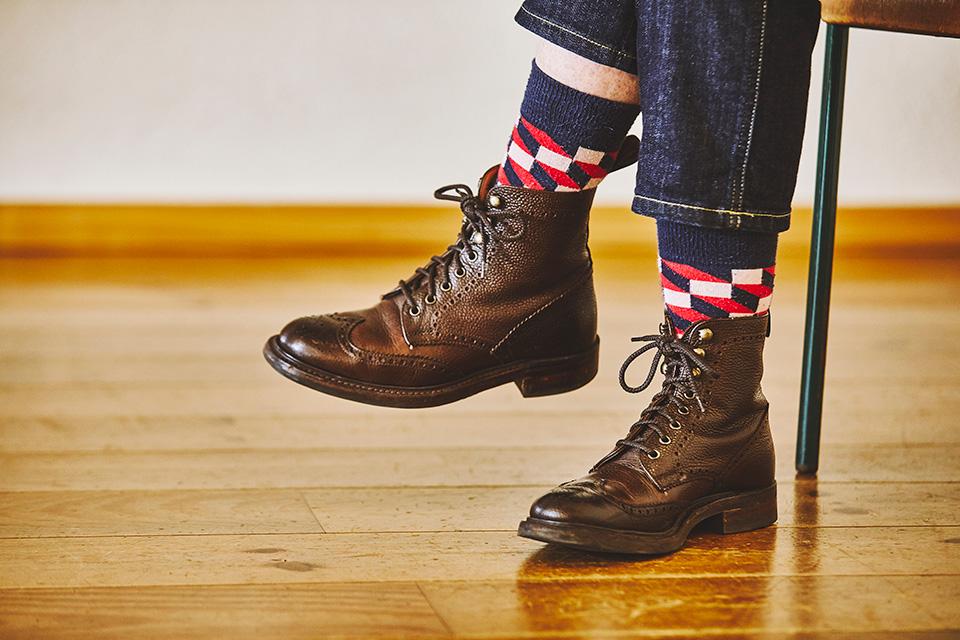 テキスタイルデザイナーが、通勤に欠かせないブーツ。 「wallace sewell」エマ・スウェル